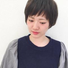 似合わせ ナチュラル 小顔 ショート ヘアスタイルや髪型の写真・画像