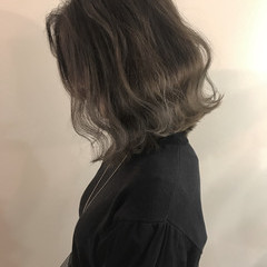ナチュラル グレージュ ボブ 切りっぱなし ヘアスタイルや髪型の写真・画像