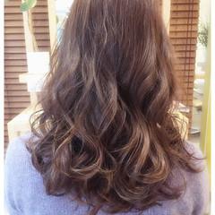 フェミニン ゆるふわ アッシュ セミロング ヘアスタイルや髪型の写真・画像