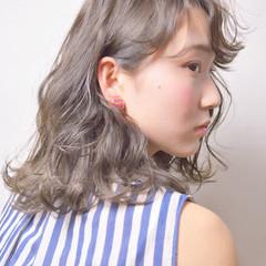 ヘアアレンジ ウェーブ ふわふわ 春 ヘアスタイルや髪型の写真・画像