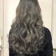 ガーリー 暗髪 セクシー ダークアッシュ ヘアスタイルや髪型の写真・画像