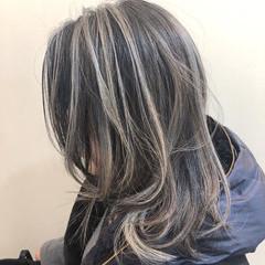 ハイライト ナチュラル グラデーションカラー バレイヤージュ ヘアスタイルや髪型の写真・画像