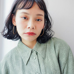 パーマ モード ゆるふわパーマ ミディアム ヘアスタイルや髪型の写真・画像