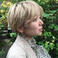 ハンサムショート ブリーチオンカラー ナチュラル ブリーチ必須 ヘアスタイルや髪型の写真・画像