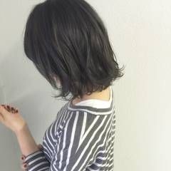 ストリート ウェットヘア ロブ 秋 ヘアスタイルや髪型の写真・画像