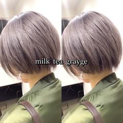 ミルクティーグレージュ ショートボブ ストリート ショート ヘアスタイルや髪型の写真・画像