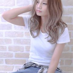 大人かわいい グラデーションカラー 抜け感 ロング ヘアスタイルや髪型の写真・画像