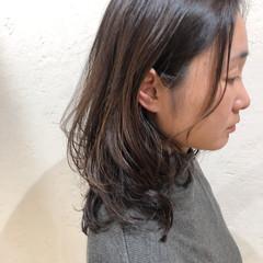 ゆるふわパーマ セミロング ナチュラルデジパ 毛先パーマ ヘアスタイルや髪型の写真・画像