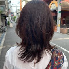 アッシュベージュ 大学生 ナチュラル ニュアンスウルフ ヘアスタイルや髪型の写真・画像