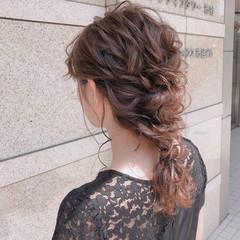 デート セミロング 結婚式 アウトドア ヘアスタイルや髪型の写真・画像
