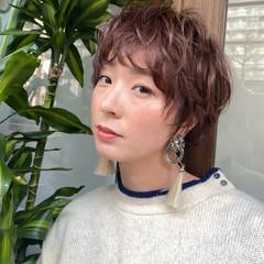 フェミニン 小顔ショート マッシュ ショートパーマ ヘアスタイルや髪型の写真・画像