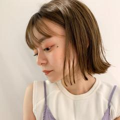 透明感 シアーベージュ 切りっぱなしボブ ミニボブ ヘアスタイルや髪型の写真・画像