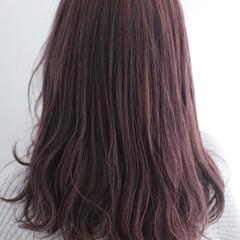 セミロング ピンク ピンクアッシュ ナチュラル ヘアスタイルや髪型の写真・画像
