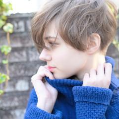 モード ショート 外国人風 アウトドア ヘアスタイルや髪型の写真・画像