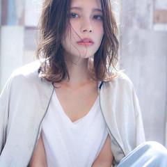 アディクシーカラー 透明感カラー 外国人風カラー セミロング ヘアスタイルや髪型の写真・画像