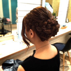 ミディアム 編み込み アップスタイル 結婚式 ヘアスタイルや髪型の写真・画像