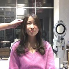 簡単ヘアアレンジ ニュアンス フェミニン カール ヘアスタイルや髪型の写真・画像