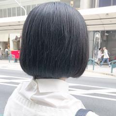 ショートボブ ナチュラル 黒髪 ボブ ヘアスタイルや髪型の写真・画像
