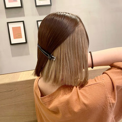 ボブ インナーカラー ベージュ ミルクティーベージュ ヘアスタイルや髪型の写真・画像
