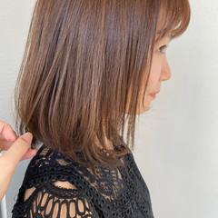 アッシュグレー ミディアム アッシュベージュ グレージュ ヘアスタイルや髪型の写真・画像