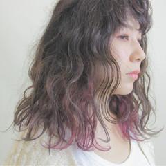 ふわふわ 秋 ボブ パープル ヘアスタイルや髪型の写真・画像