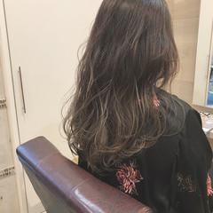 春 抜け感 ハイライト ロング ヘアスタイルや髪型の写真・画像