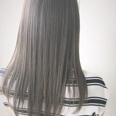 ストレート アッシュ グレージュ セミロング ヘアスタイルや髪型の写真・画像