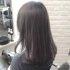 外国人風 セミロング ハイトーン ストリート ヘアスタイルや髪型の写真・画像