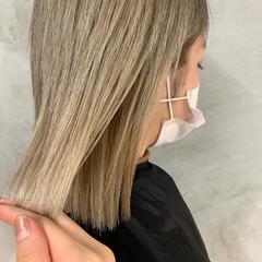 ハイトーンカラー ホワイトベージュ ミルクティーベージュ ミルクティー ヘアスタイルや髪型の写真・画像