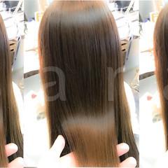 艶髪 アッシュベージュ ロング イルミナカラー ヘアスタイルや髪型の写真・画像