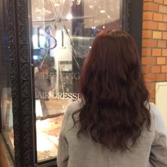セミロング ピンク 上品 巻き髪 ヘアスタイルや髪型の写真・画像