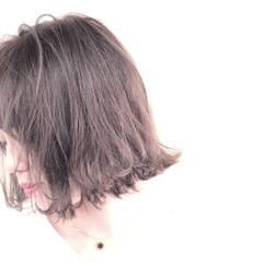 ナチュラル 外ハネ ボブ 切りっぱなし ヘアスタイルや髪型の写真・画像