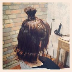 ボブ 外ハネ 波ウェーブ ハーフアップ ヘアスタイルや髪型の写真・画像