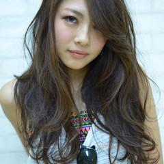 レイヤーカット ストリート 渋谷系 外国人風 ヘアスタイルや髪型の写真・画像