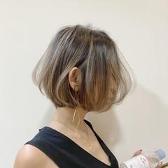 ミニボブ 切りっぱなしボブ ハイライト ボブ ヘアスタイルや髪型の写真・画像