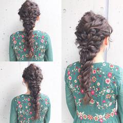 編みおろしヘア ガーリー お呼ばれ 結婚式 ヘアスタイルや髪型の写真・画像