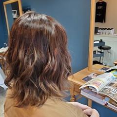 パーマ ミディアム ゆるふわパーマ エアウェーブ ヘアスタイルや髪型の写真・画像