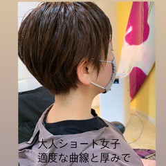 ベリーショート ショートヘア ウルフカット ミニボブ ヘアスタイルや髪型の写真・画像