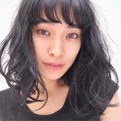 暗髪 ゆるふわ パーマ モード ヘアスタイルや髪型の写真・画像