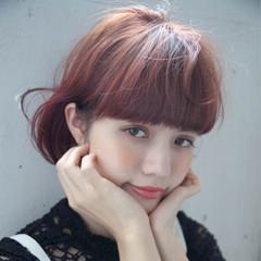 ガーリー レッド 透明感 色気 ヘアスタイルや髪型の写真・画像