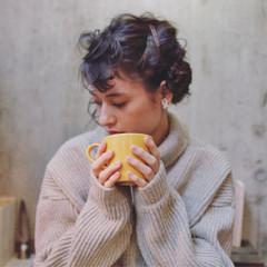 ミディアム 暗髪 ショート 簡単ヘアアレンジ ヘアスタイルや髪型の写真・画像