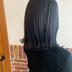 アッシュグレー ブルーブラック ネイビーブルー ブルーアッシュ ヘアスタイルや髪型の写真・画像