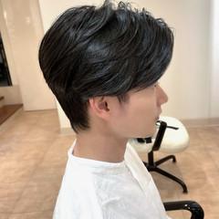 センターパート ショートヘア メンズ ショート ヘアスタイルや髪型の写真・画像