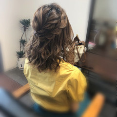 ガーリー 編み込み 結婚式 ミディアム ヘアスタイルや髪型の写真・画像