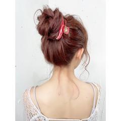 お団子ヘア 簡単ヘアアレンジ ヘアアレンジ ナチュラル ヘアスタイルや髪型の写真・画像