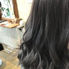 アッシュグレージュ 暗髪 ロング グレージュ ヘアスタイルや髪型の写真・画像