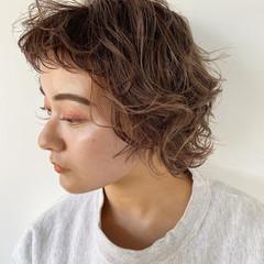 ゆるふわパーマ ナチュラル 前髪パーマ ボブ ヘアスタイルや髪型の写真・画像