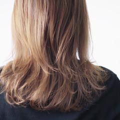 ゆるふわパーマ パーマ ワンカールパーマ ナチュラル ヘアスタイルや髪型の写真・画像