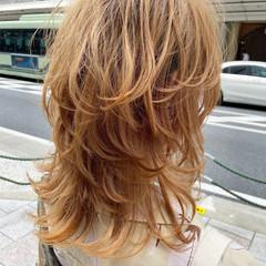 ウルフカット ナチュラル マッシュウルフ ブラウンベージュ ヘアスタイルや髪型の写真・画像