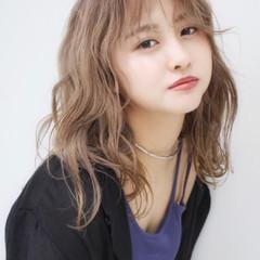 ベージュ 韓国ヘア ミルクティーベージュ ガーリー ヘアスタイルや髪型の写真・画像